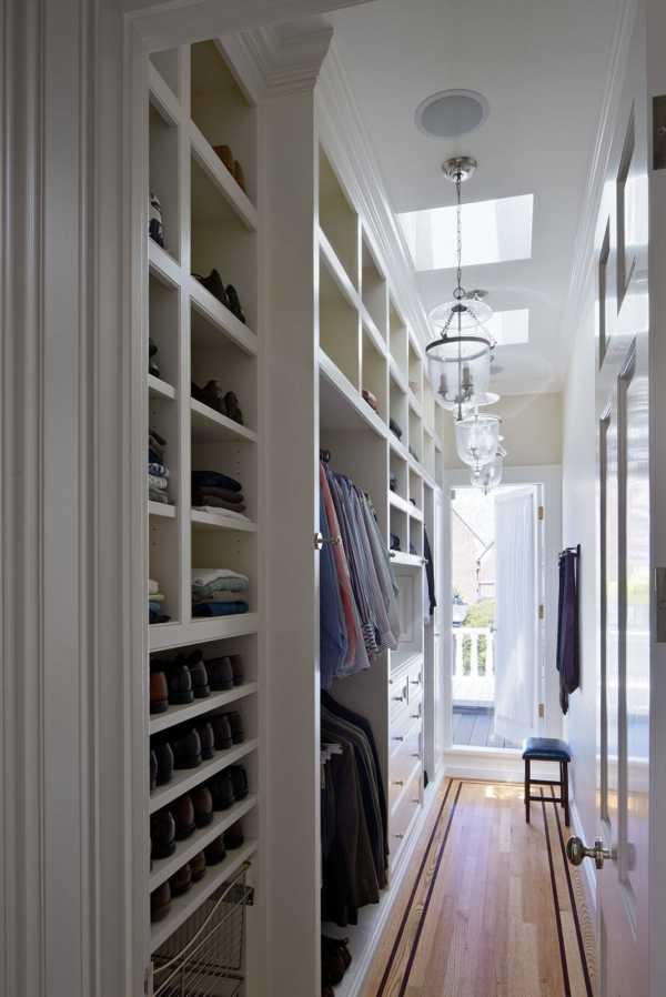 вместо дверей шкафа шторы
